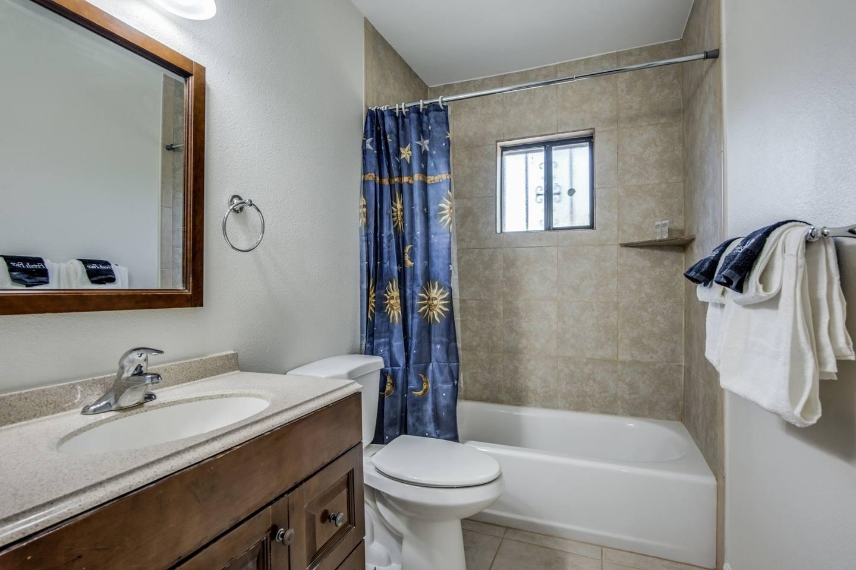 Apartment        Near Lackland   Sea World      Room for everyone photo 16852989