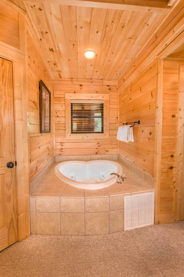 10 Min 2 Pigeon Forge Pkwy/Gorgeous Cabin/Hot Tub photo 16951062