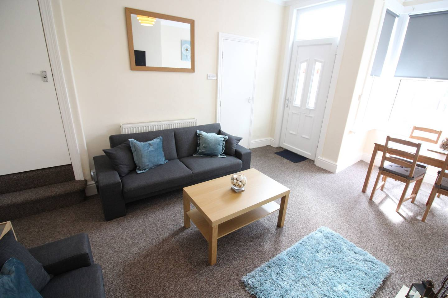 Two bed family home close to Leeds City Centre photo 5752176