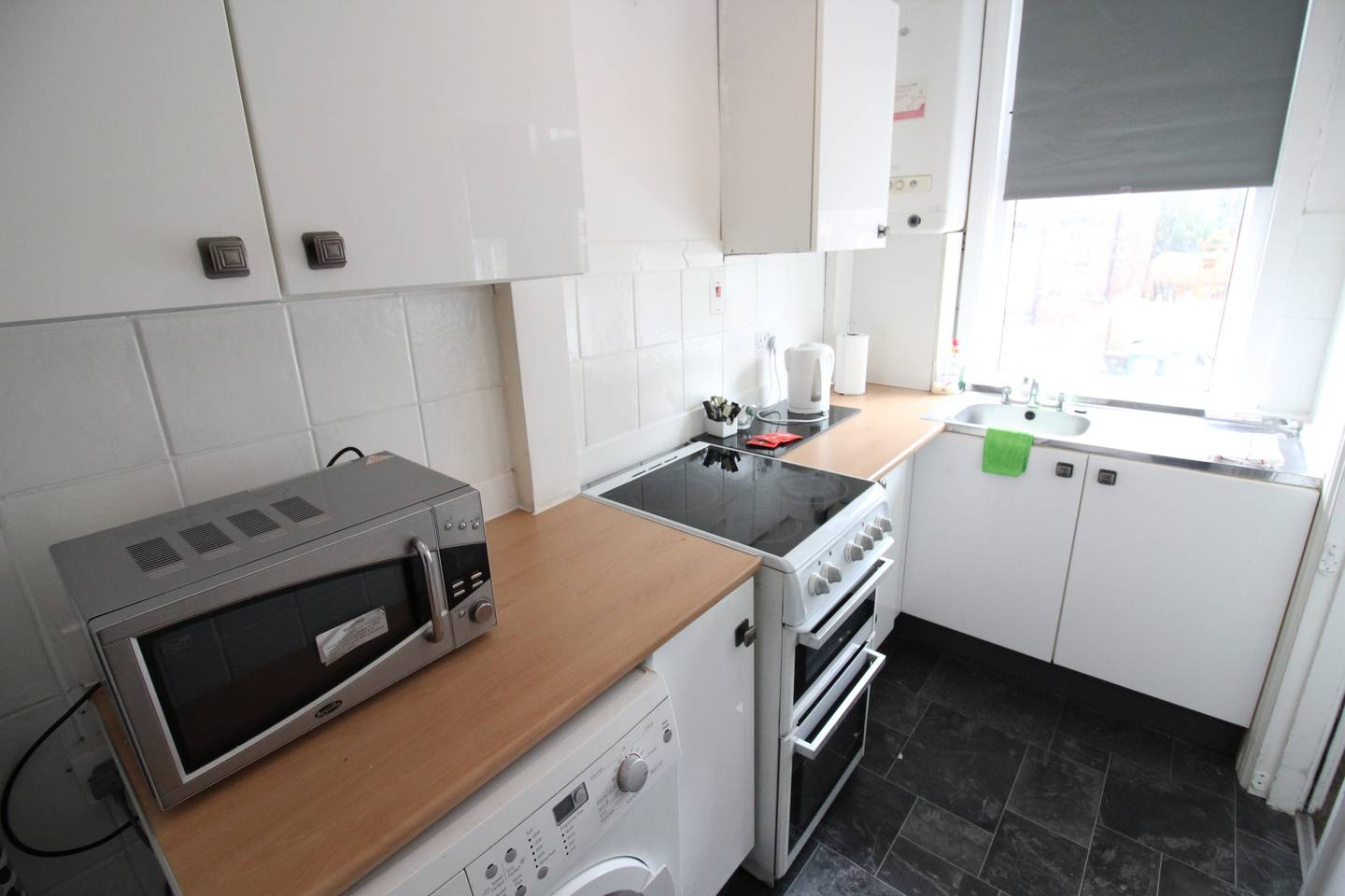 Apartment Two bed family home close to Leeds City Centre photo 25868086