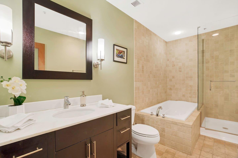 Apartment Gorgeous WashAve Loft Walkable  photo 17028504