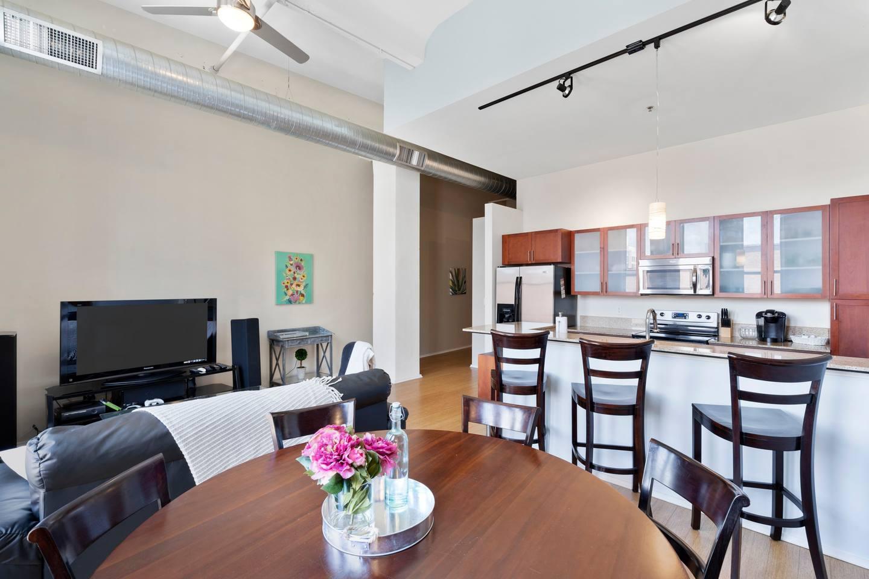 Apartment Gorgeous WashAve Loft Walkable  photo 17072469