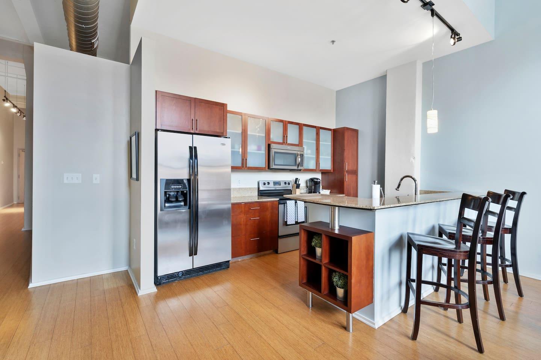 Apartment Gorgeous WashAve Loft Walkable  photo 16960803