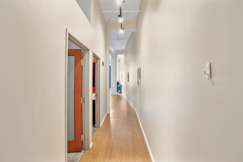 Apartment Gorgeous WashAve Loft Walkable  photo 17028510