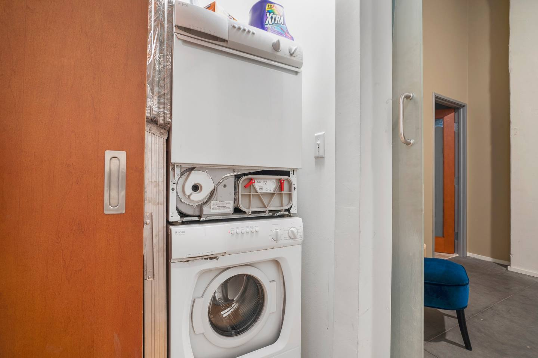 Apartment Gorgeous WashAve Loft Walkable  photo 17044150