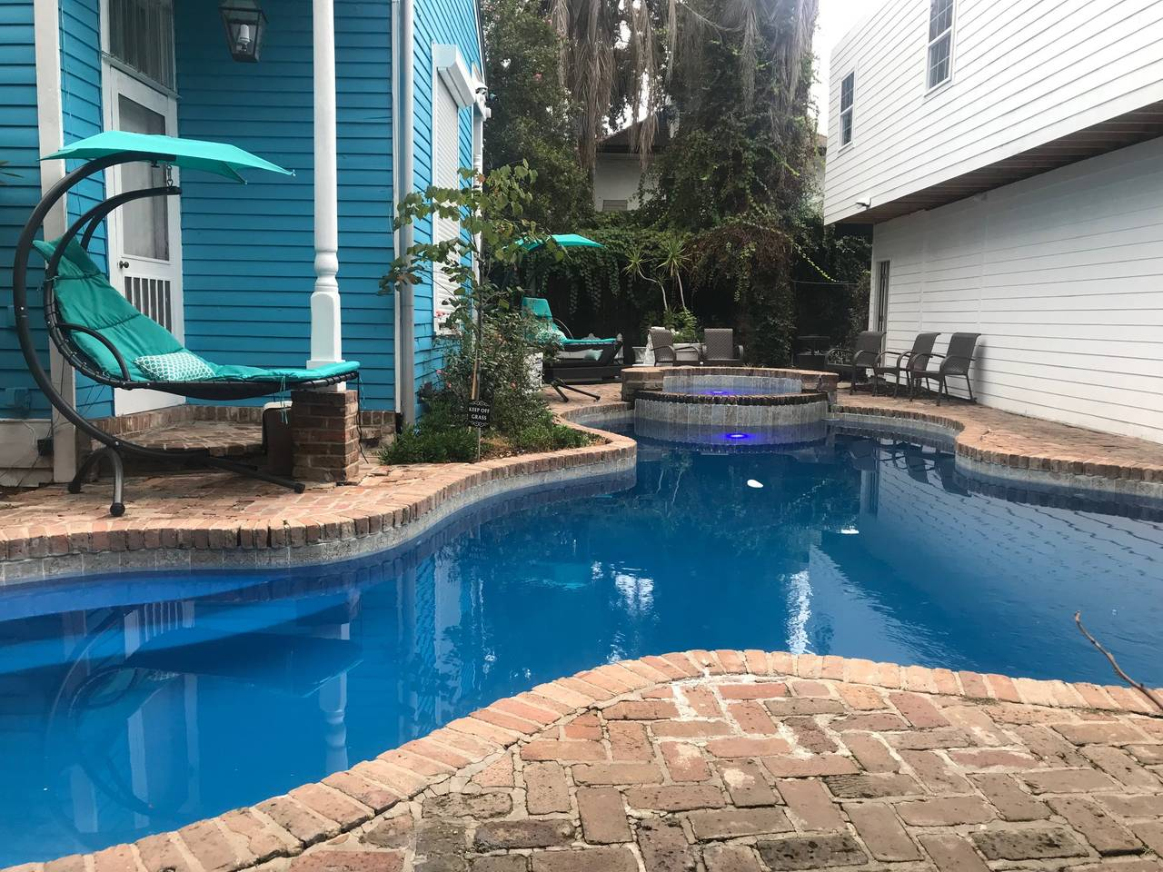 BEST DEAL! Large 5 BR! Steps from French Quarter! photo 16409034