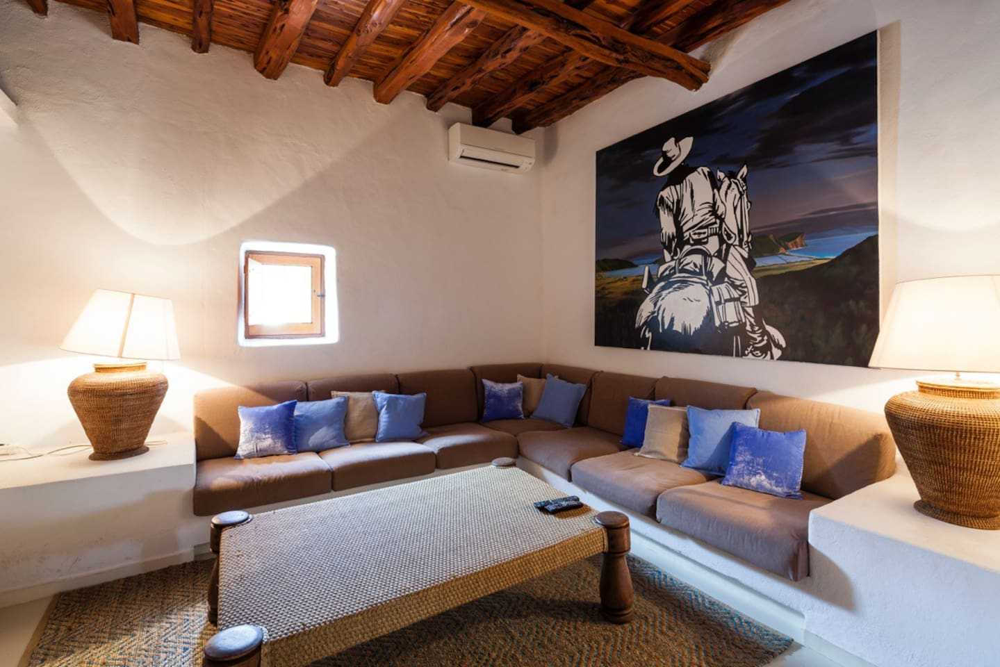 Apartment Sensational Villa with a huge infinity pool photo 23926489