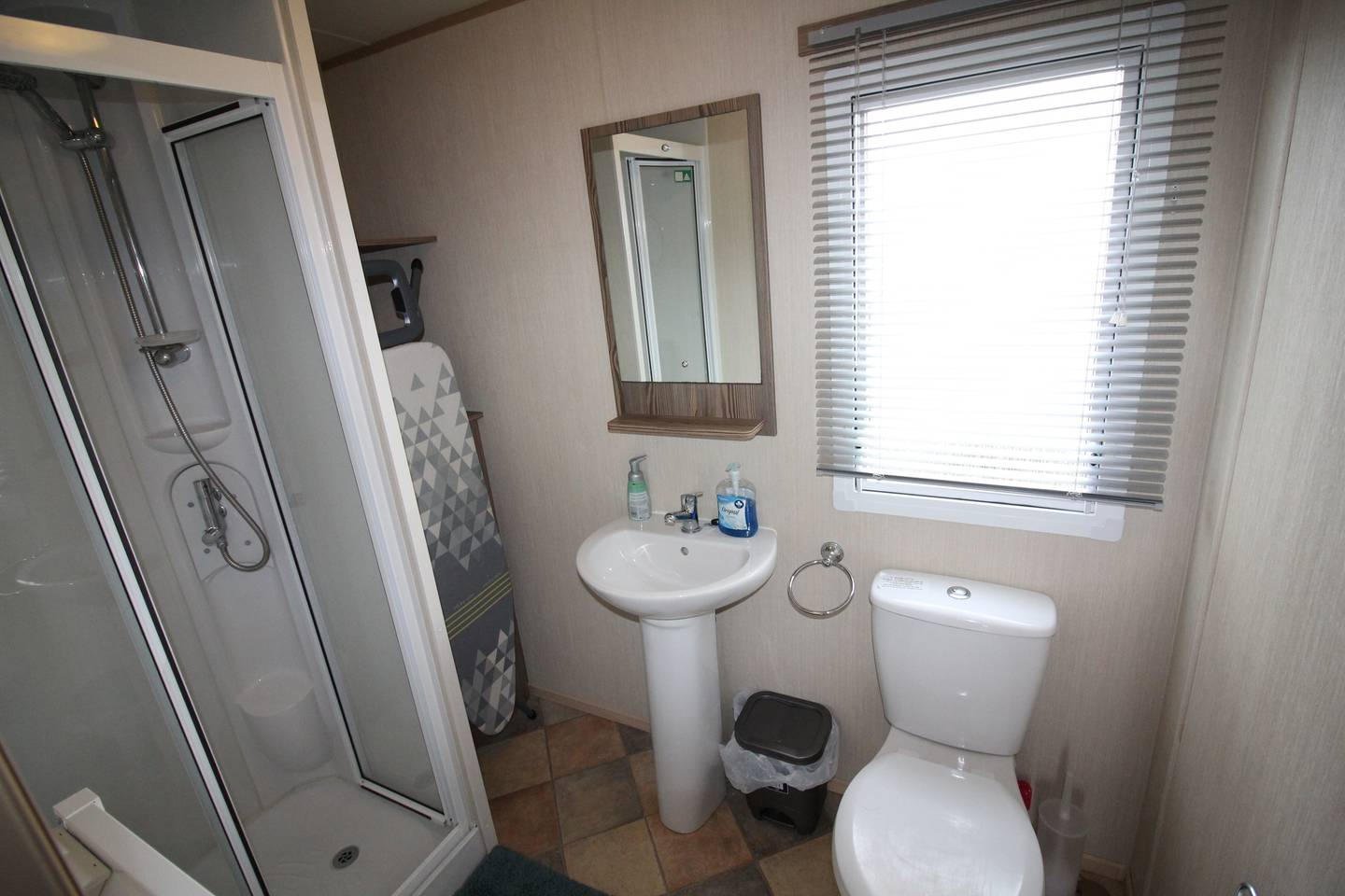 Lovely 3 Bed Caravan, Reighton Sands, Filey photo 28648177