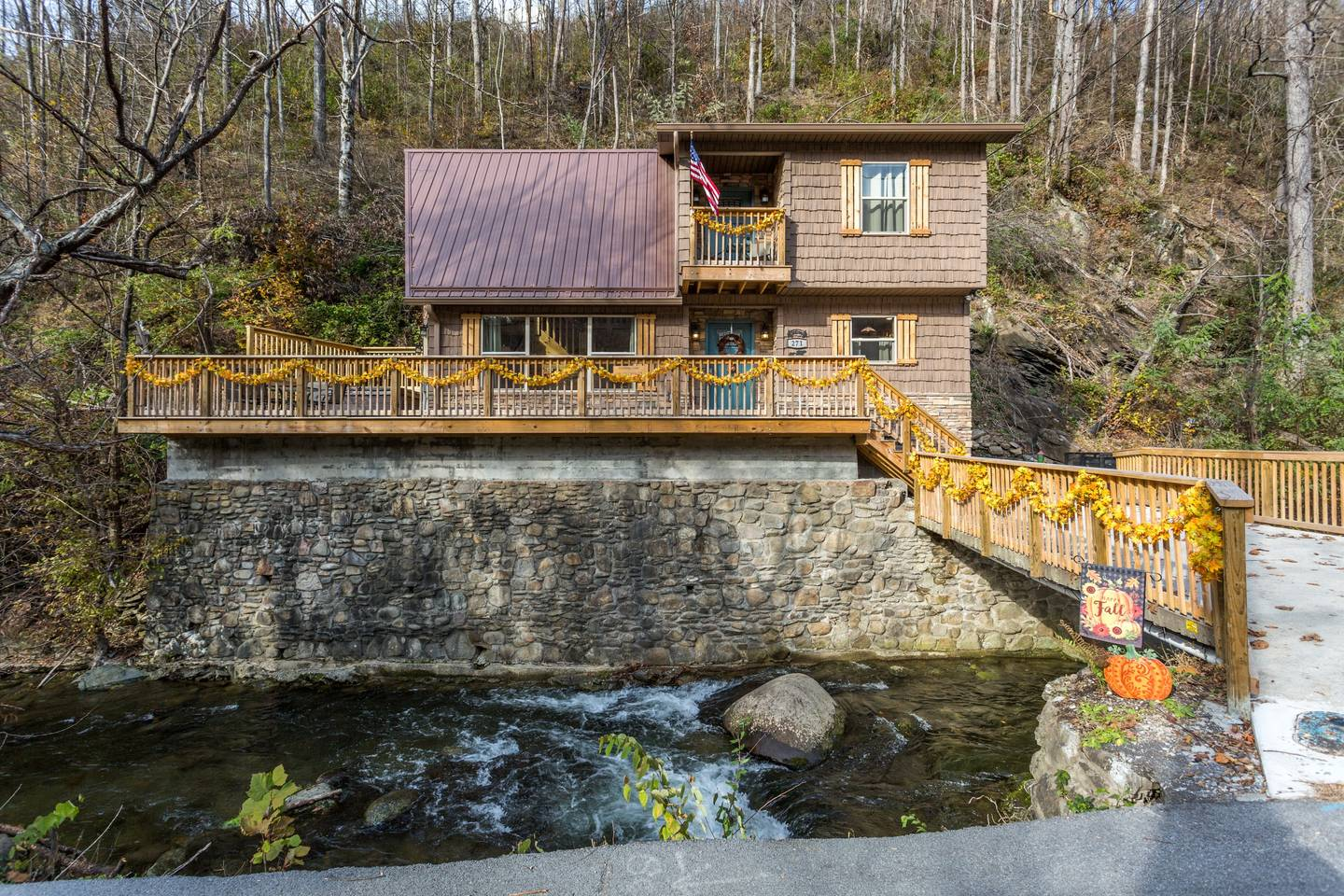 Apartment On Roaring Fork Walk 2 DwTn Gatlinburg Hot Tub photo 18562059