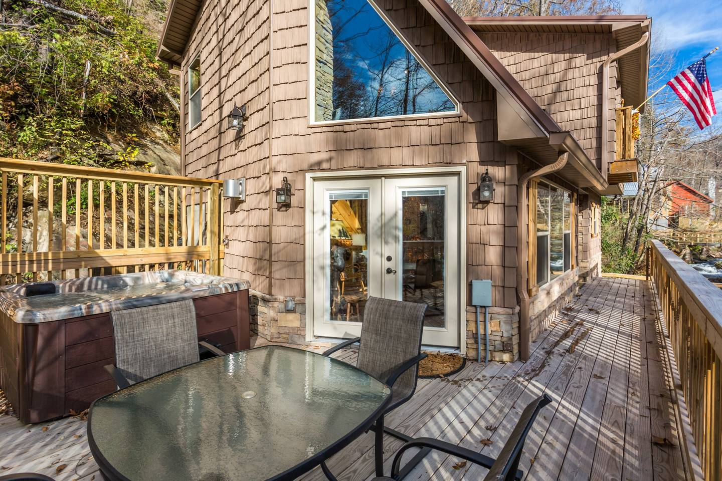 Apartment On Roaring Fork Walk 2 DwTn Gatlinburg Hot Tub photo 18709783