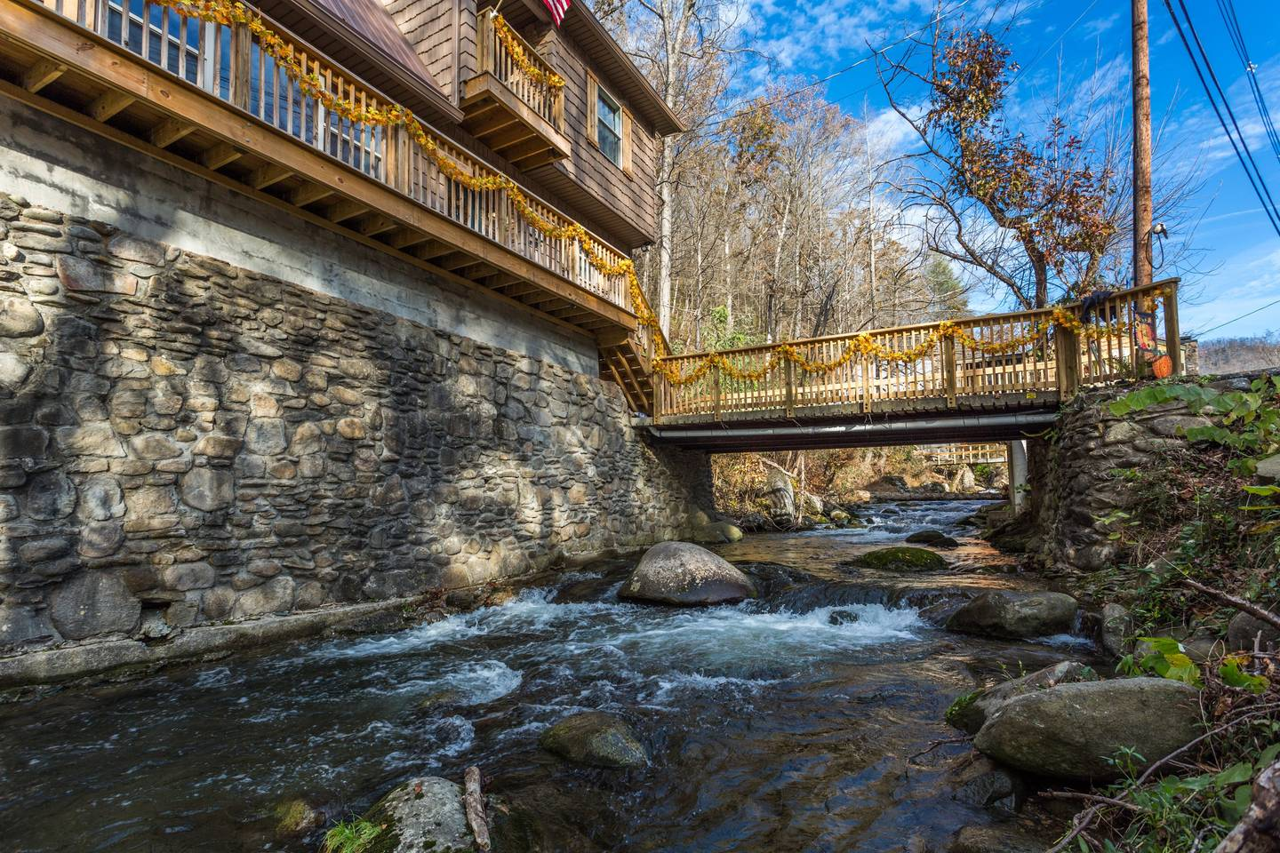 Apartment On Roaring Fork Walk 2 DwTn Gatlinburg Hot Tub photo 18541232