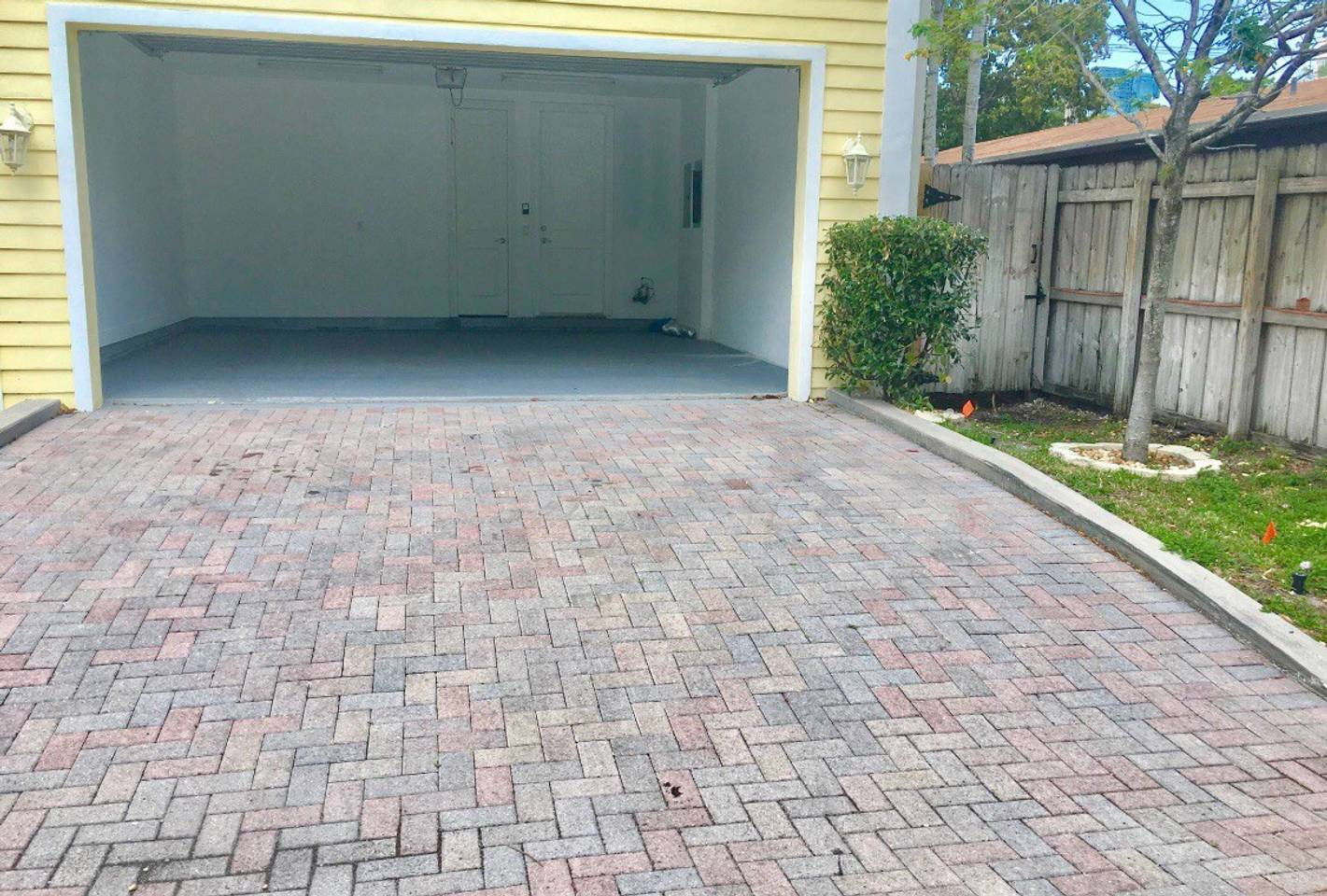 4 Bedroom House Close to Everything In FLL #906 photo 8504282