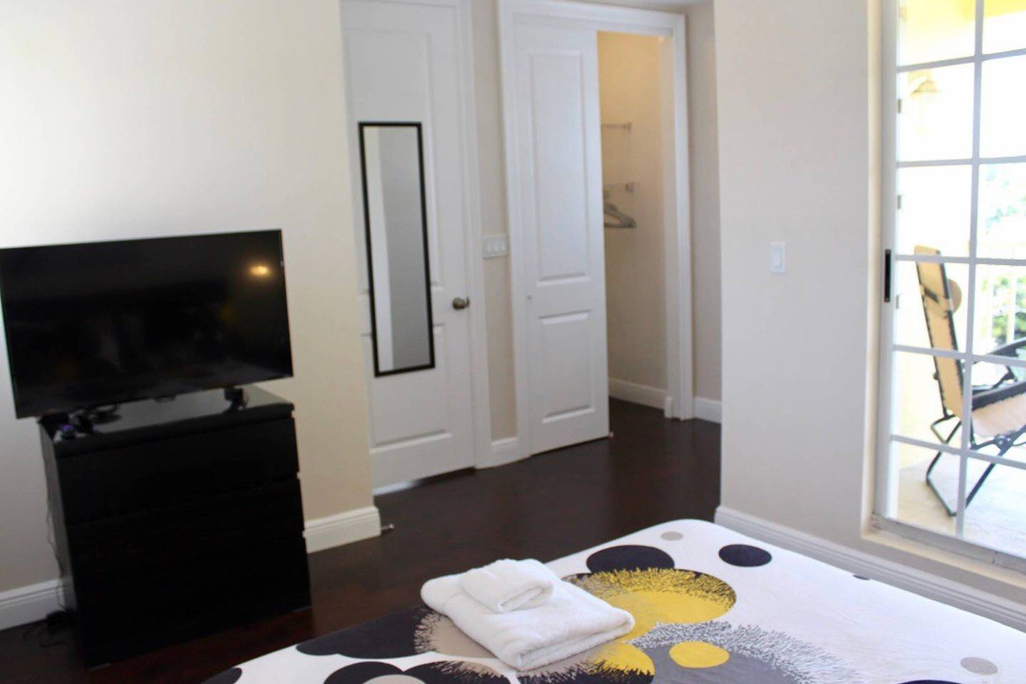 Apartment New 4 bedroom House close to everything in FLL 320 photo 17009326