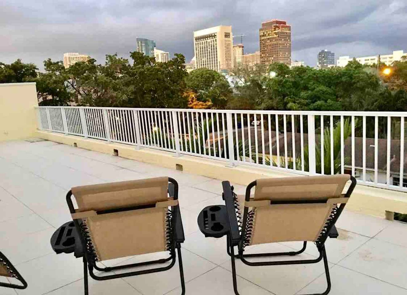 Apartment New 4 bedroom House close to everything in FLL 320 photo 16874205