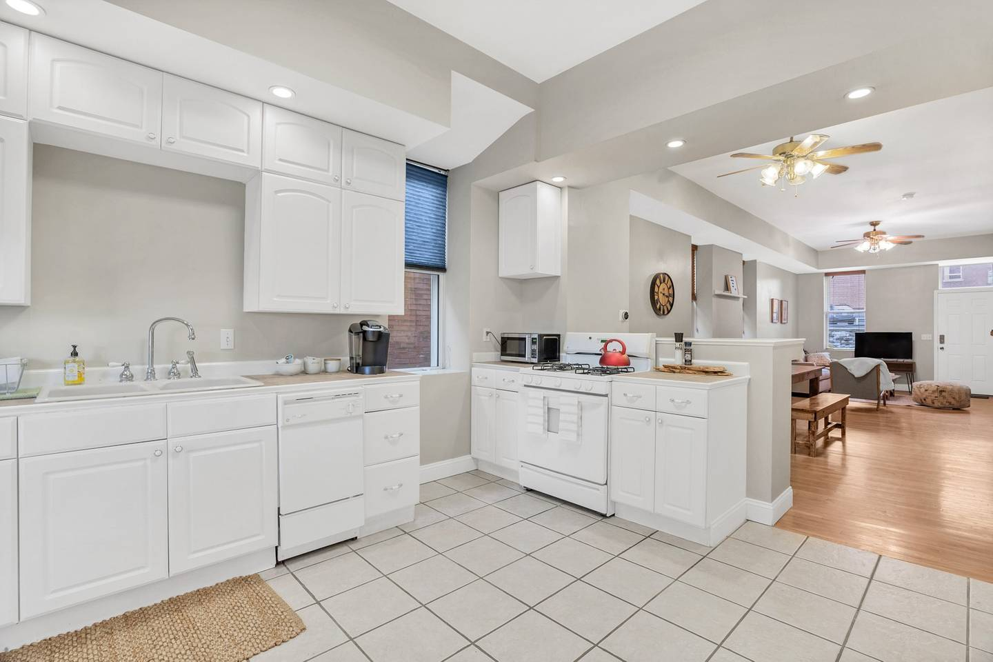 Beautiful Smarthome in Historic Downtown Area photo 8425491