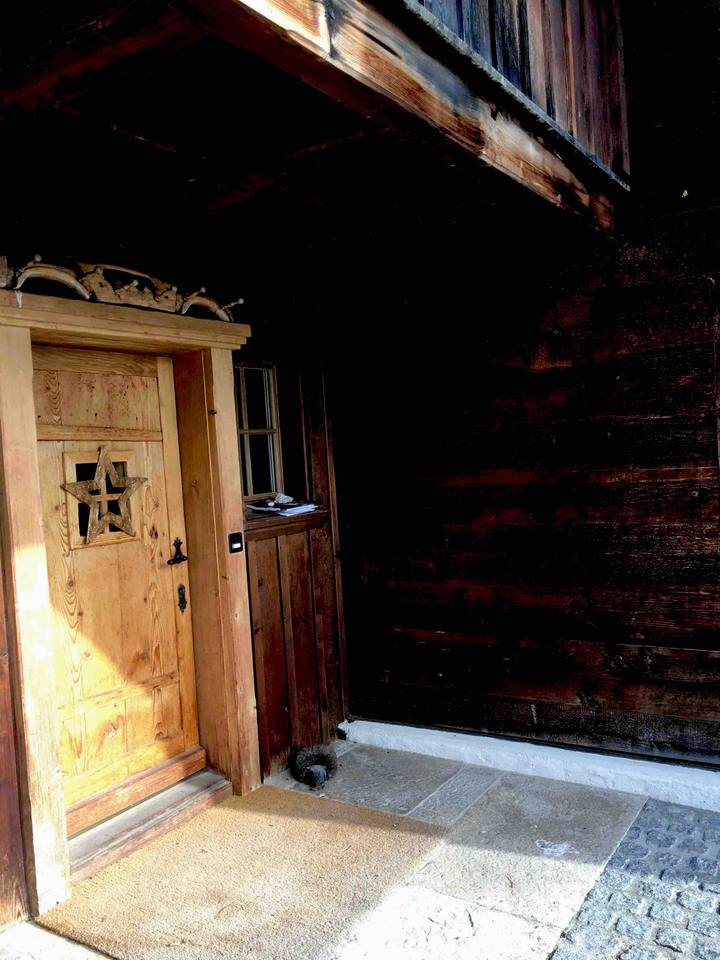 Apartment Fantastic Cozy Chalet Right next to Famous Gstaad photo 25541604