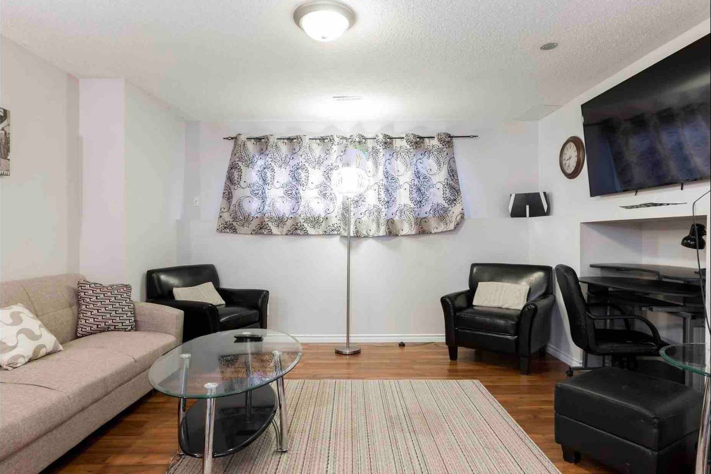 Apartment 2 BEDROOM BASEMENT SUITE  WALK TO WEST ED   MORE  photo 18353265