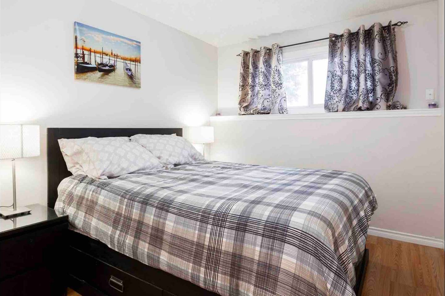 Apartment 2 BEDROOM BASEMENT SUITE  WALK TO WEST ED   MORE  photo 18535265