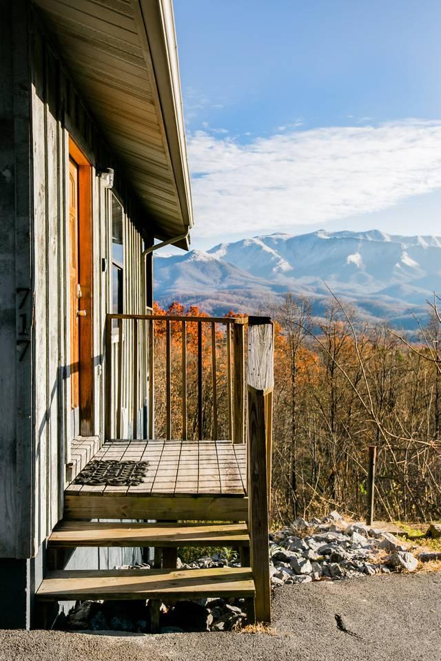 Apartment Admire Stunning Mountain Views at a Calm  Cozy Cabin photo 18540951