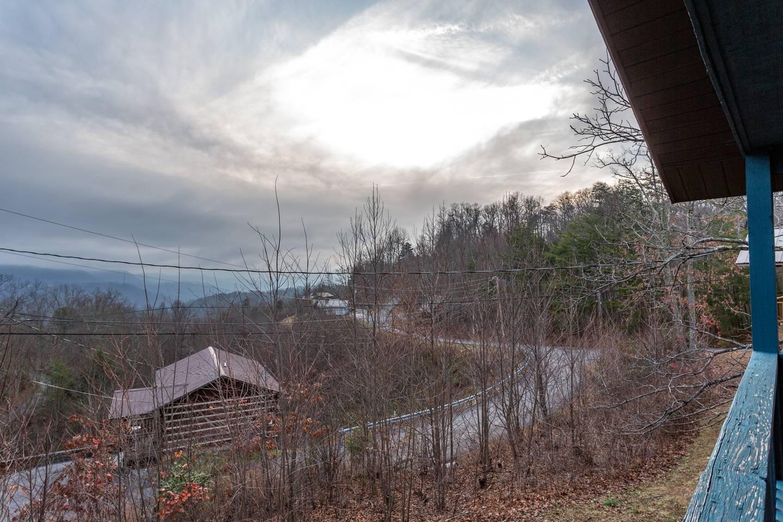 Apartment Stylish Decor Mountain View 3 6 Miles to DwTn Gat photo 18562051
