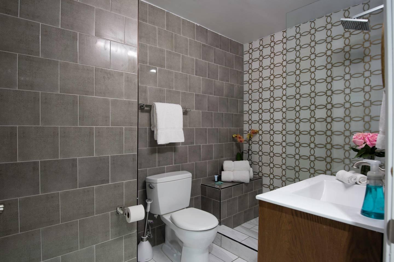 Apartment Amazing 4 BR  Celebrity House  Sleeps up to 8   photo 16961165