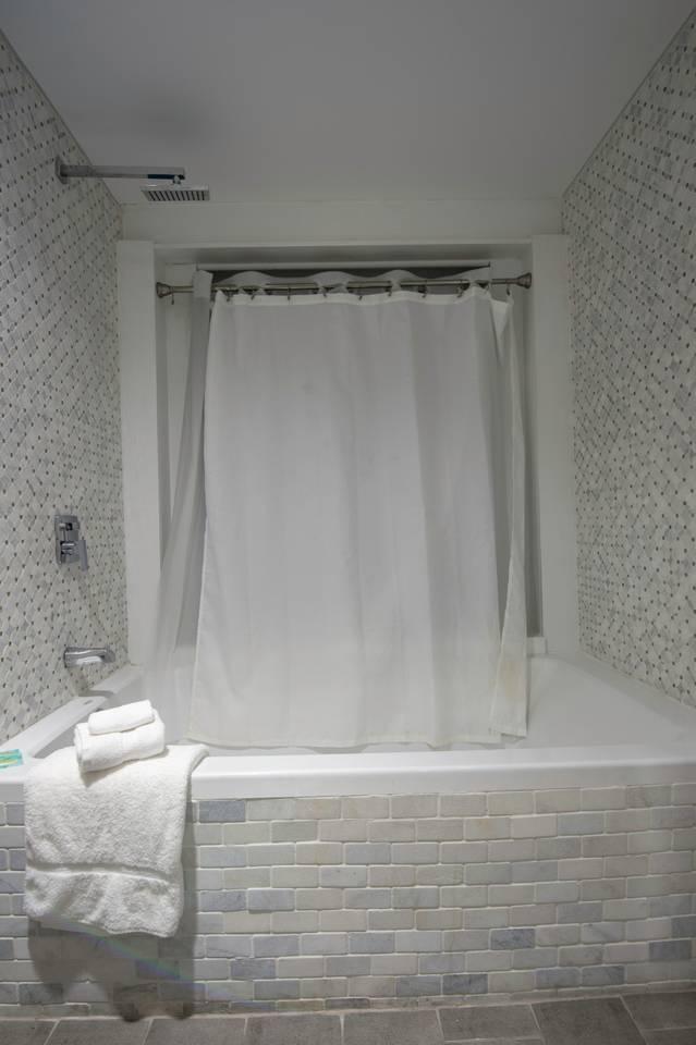 Apartment Amazing 4 BR  Celebrity House  Sleeps up to 8   photo 16821937
