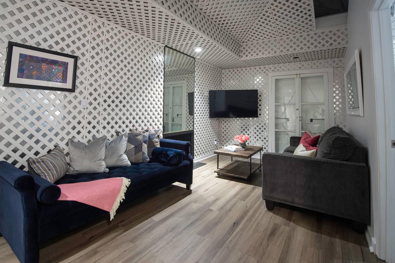Amazing 4 BR! Celebrity House! Sleeps up to 8!? photo 16068438