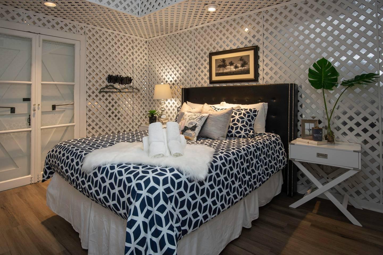 Amazing 4 BR! Celebrity House! Sleeps up to 8!? photo 16003199