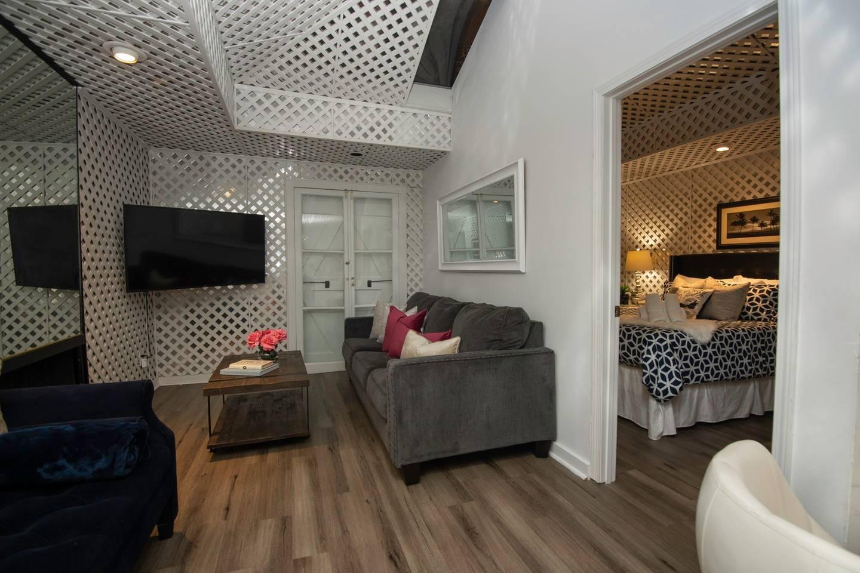 Amazing 4 BR! Celebrity House! Sleeps up to 8!? photo 11254472
