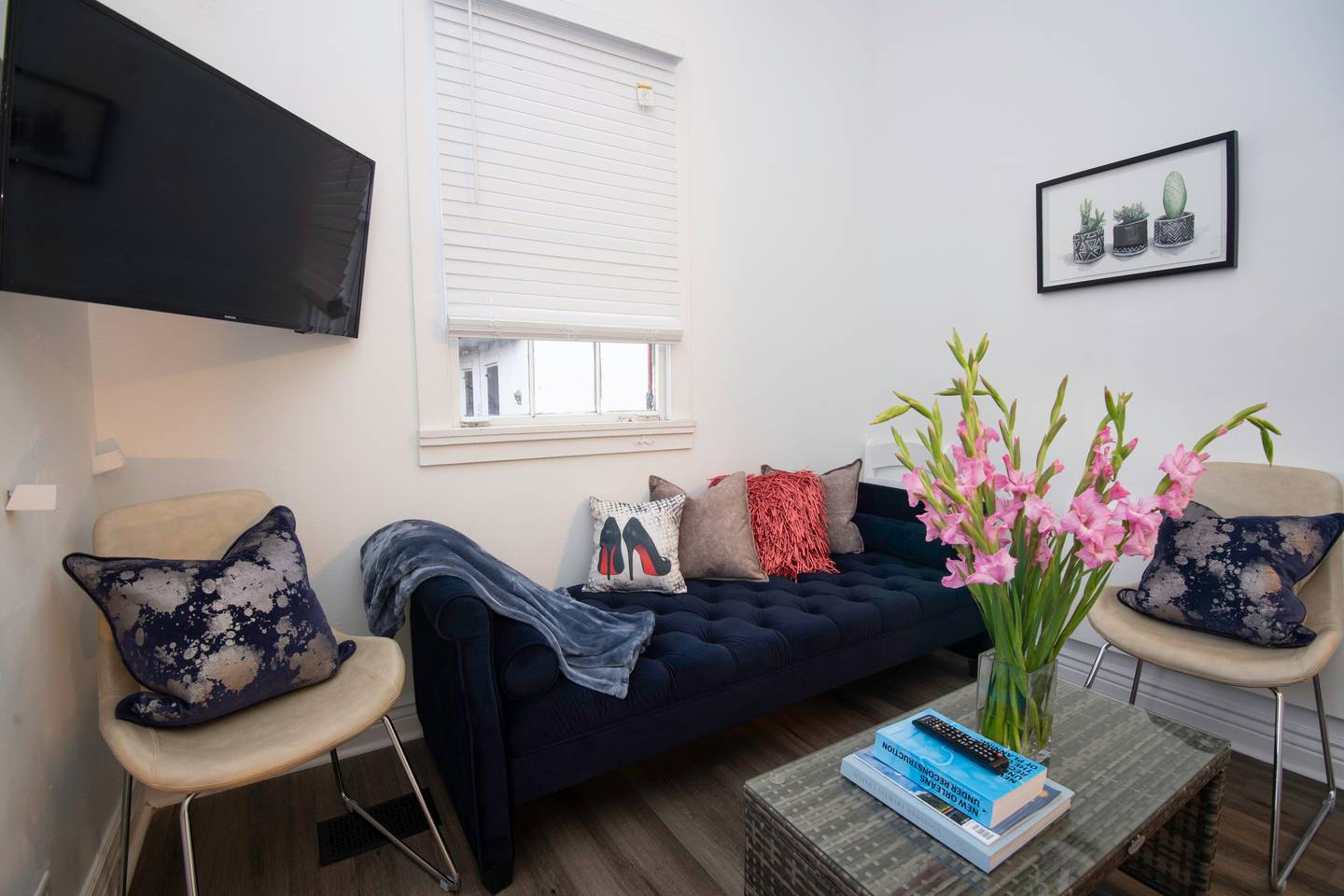 5 BR-Sleeps 10! Best location next to French QT! photo 10732826