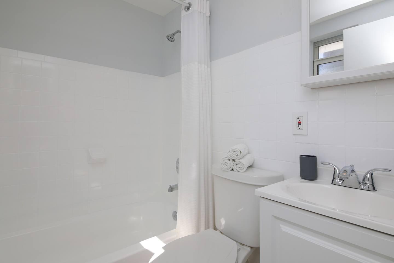 Gorgeous apartment MIAMI BEACH, 2 mins to Ocean! photo 15905878