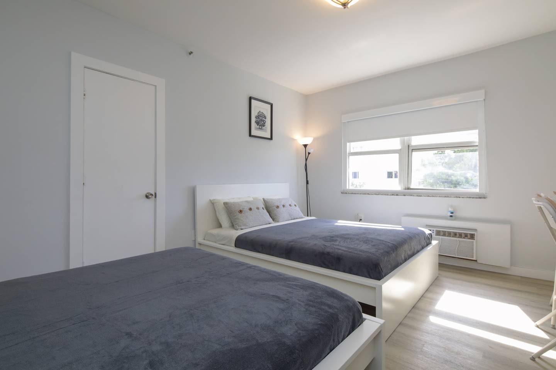 Gorgeous apartment MIAMI BEACH, 2 mins to Ocean! photo 15905872