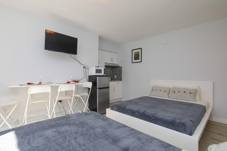 Gorgeous apartment MIAMI BEACH, 2 mins to Ocean! photo 16056574