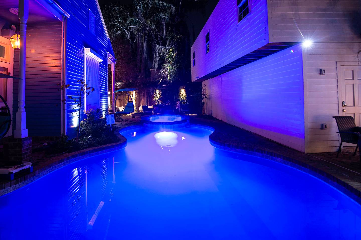 8BR-Best Location! Heated Pool, Jacuzzi, Spa & Gym photo 10849870