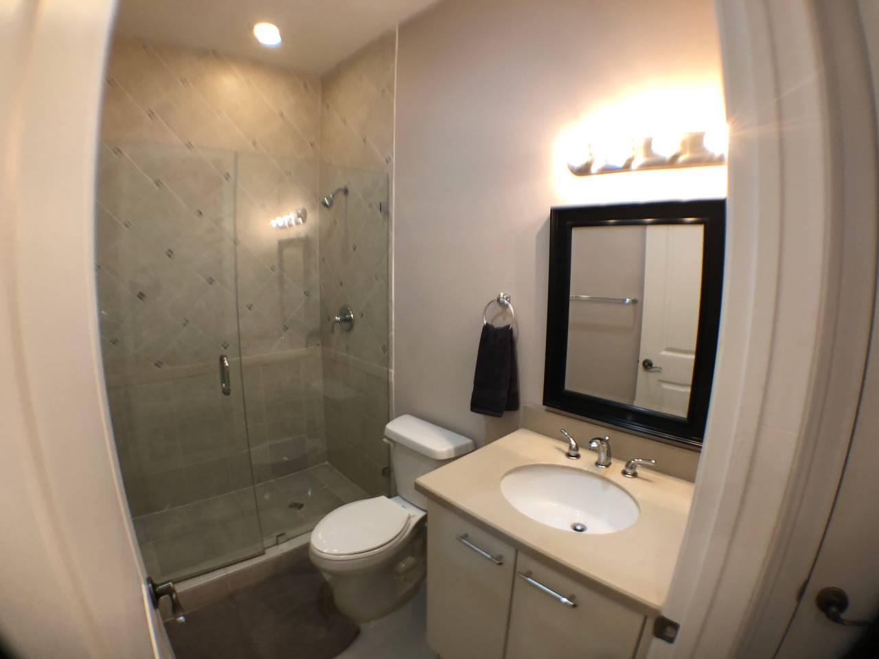 Apartment 4 Bedroom House close to Cruise Port  Downtown FLL photo 16829688