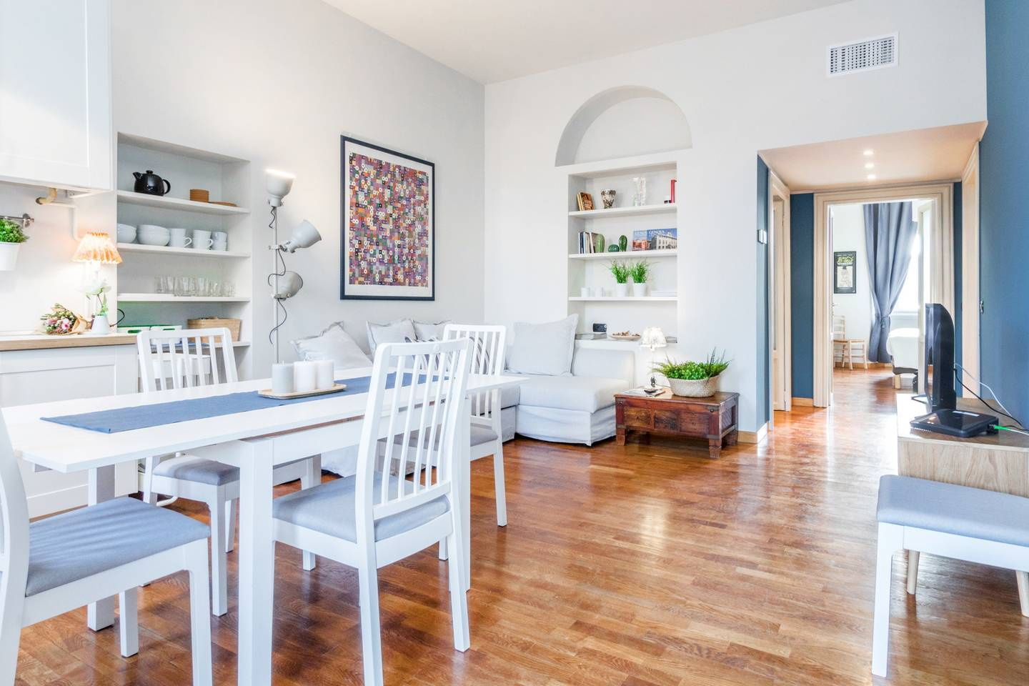 Hintown Bright Apartment photo 19082141