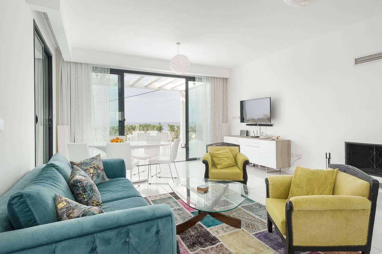 Joya Cyprus Seaside Luxurious Villa photo 16002600