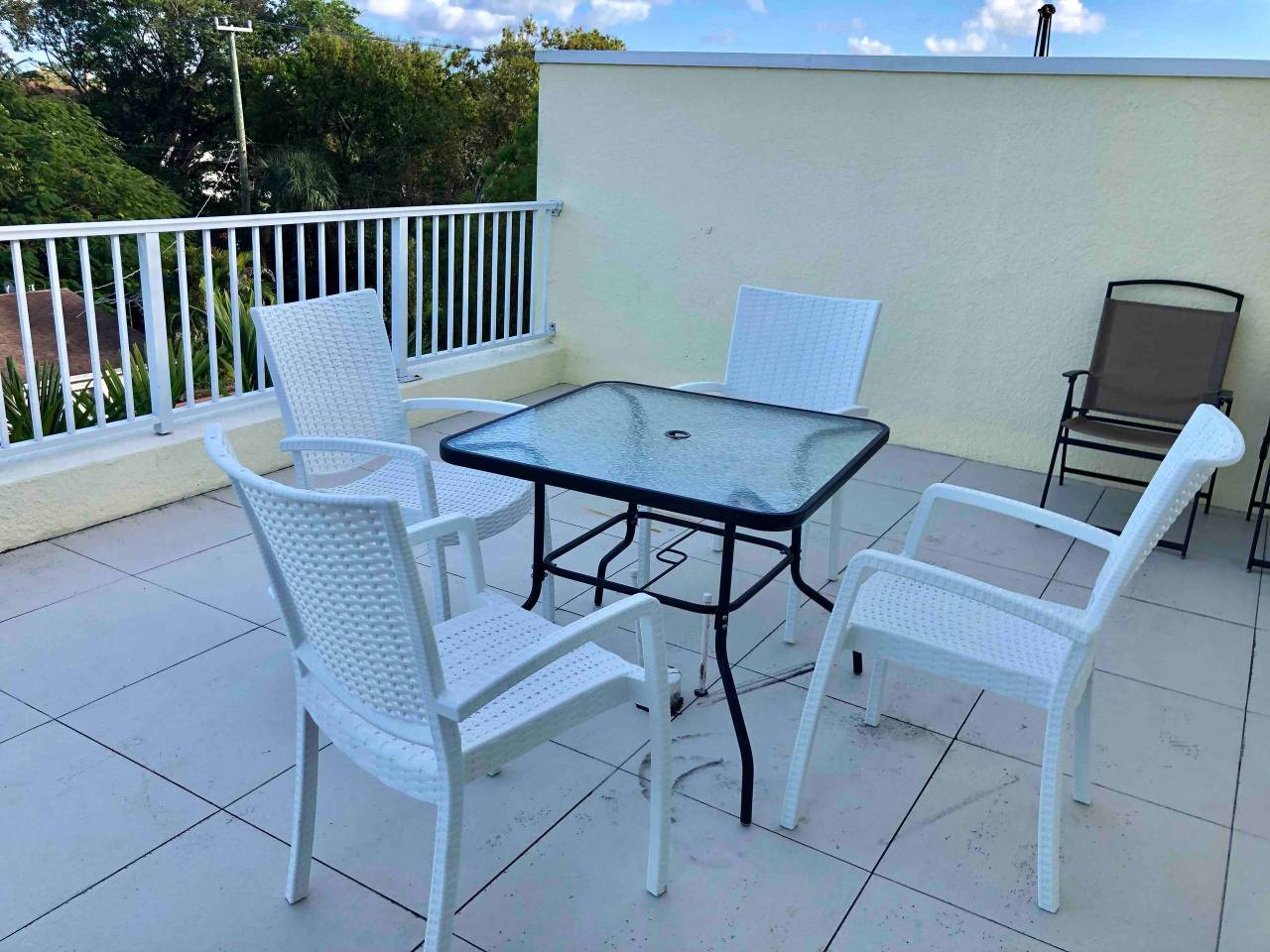 Apartment New 4 bedroom House close to everything in FLL 320 photo 16956019