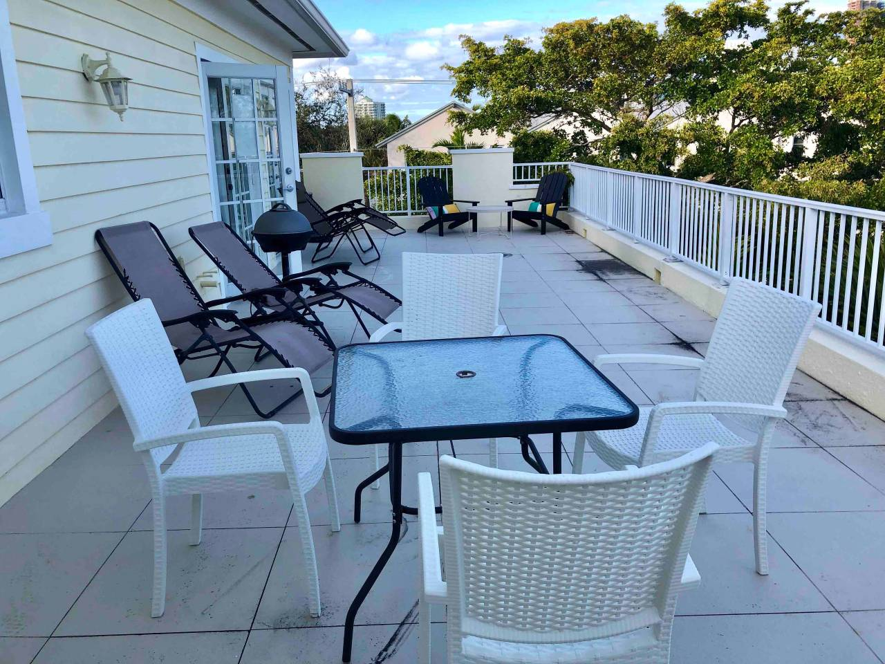 Apartment New 4 bedroom House close to everything in FLL 320 photo 16979434