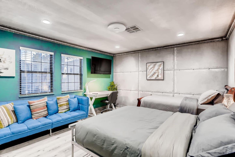 Apartment 9bdrm 8bath Private Disco  Karaoke    Resort Pool  photo 16822567