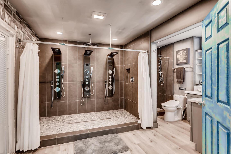 Apartment 9bdrm 8bath Private Disco  Karaoke    Resort Pool  photo 16855785