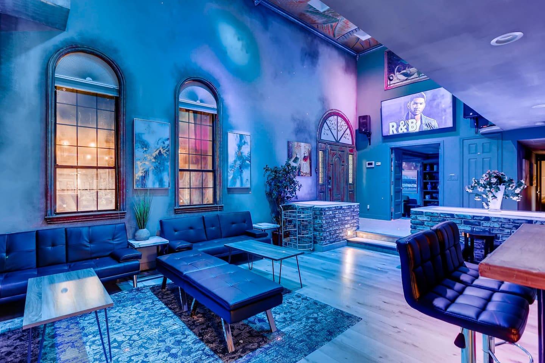 Apartment 9bdrm 8bath Private Disco  Karaoke    Resort Pool  photo 16855803