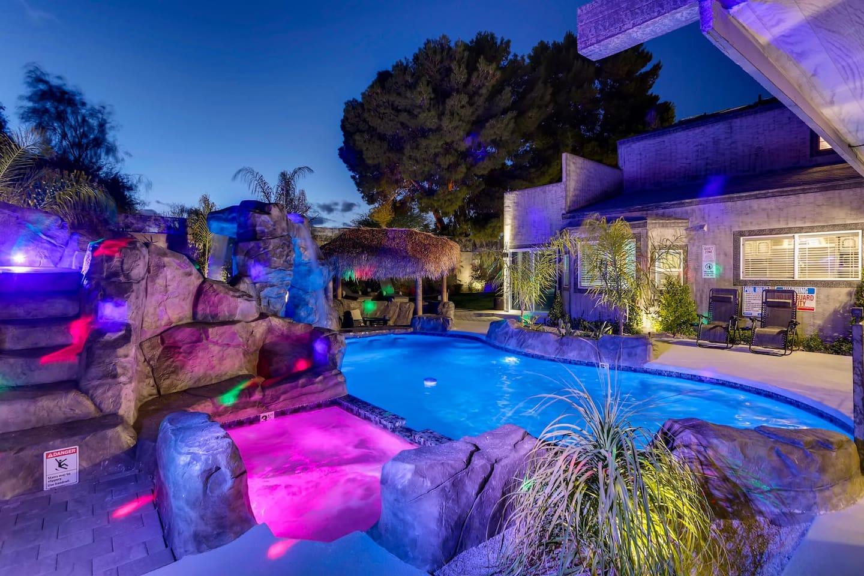 9bdrm 8bath Private Disco, Karaoke, & Resort Pool! photo 16711792