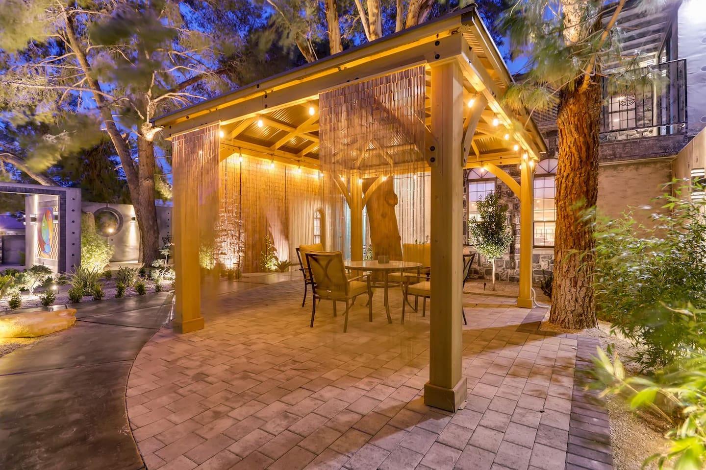 Apartment 9bdrm 8bath Private Disco  Karaoke    Resort Pool  photo 16922125