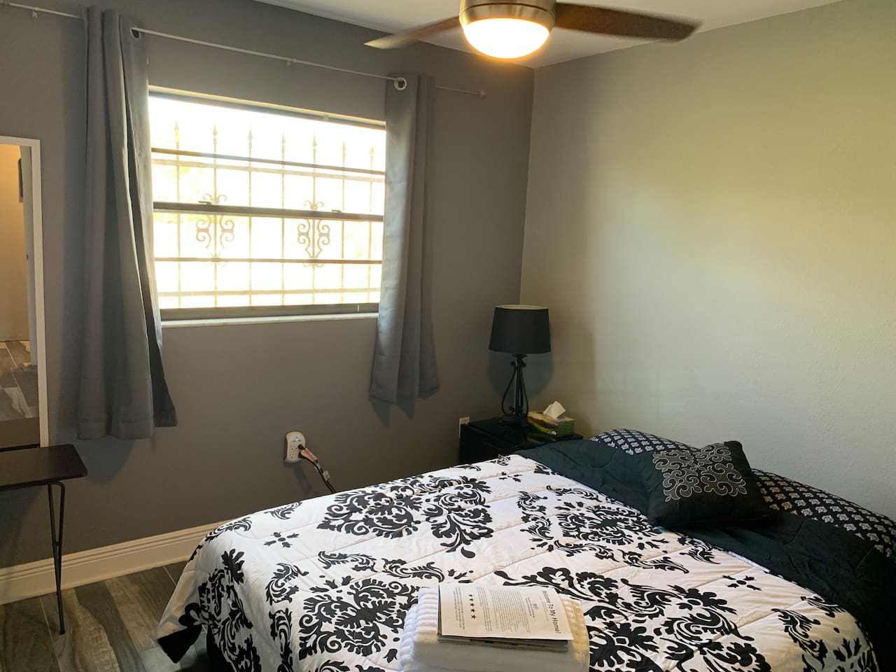 Apartment Nurses or Doctors Welcomed for 2  PEARL photo 18426181