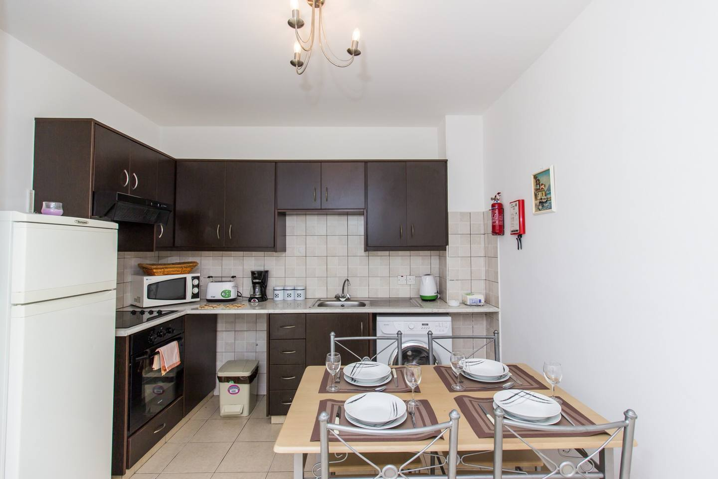 Modern 1 Bedroom Apartment with Shared Pool - D21 photo 25653839