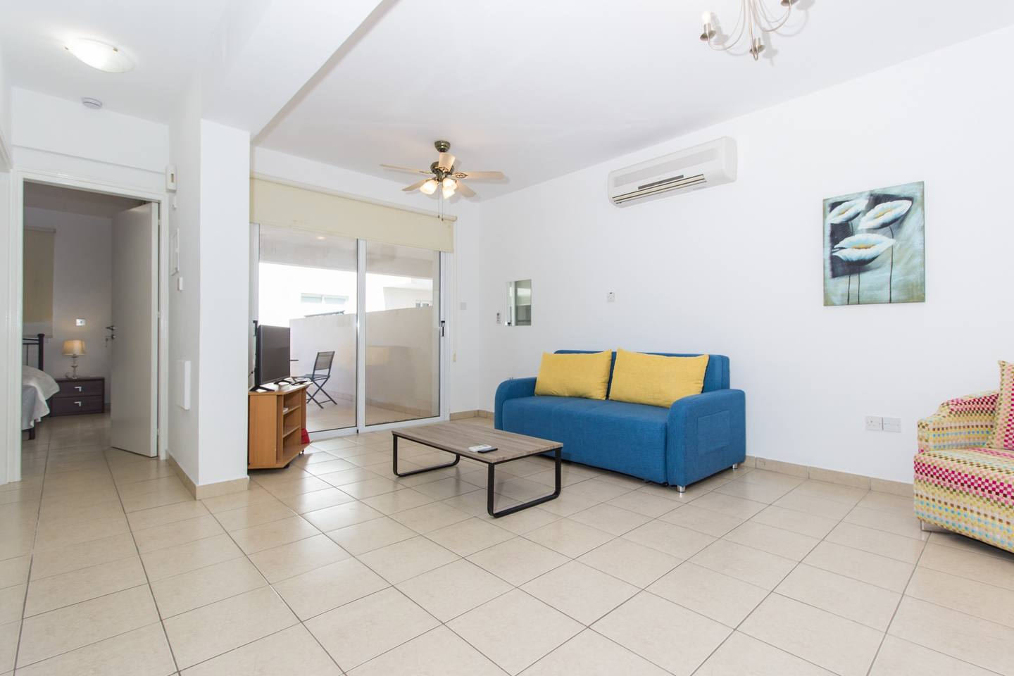 Modern 1 Bedroom Apartment with Shared Pool - D21 photo 25653842