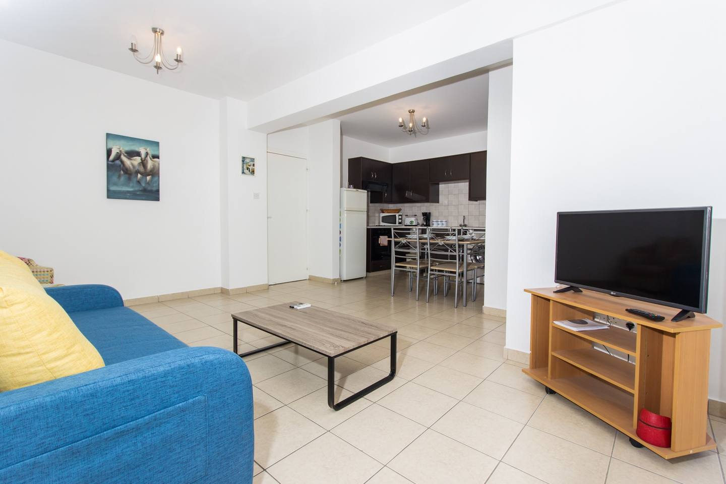 Modern 1 Bedroom Apartment with Shared Pool - D21 photo 25626072