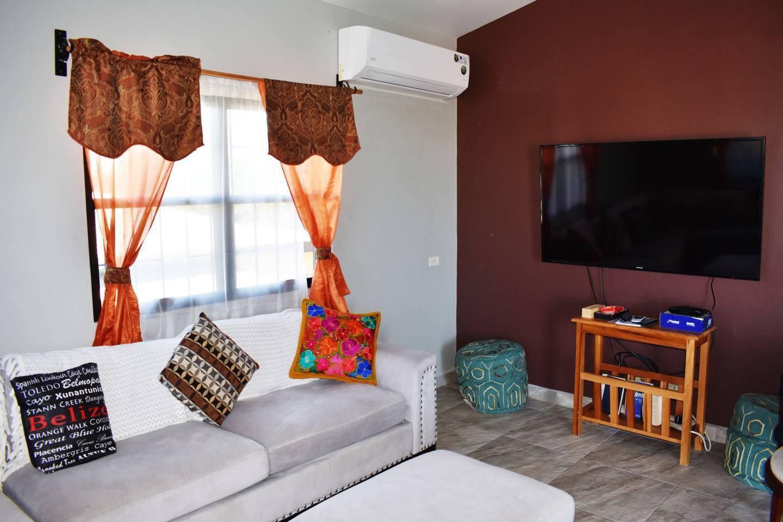 Apartment Entire top floor on San Ignacio Hilltop photo 28644744
