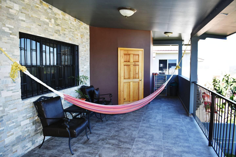 Apartment Entire top floor on San Ignacio Hilltop photo 28644774